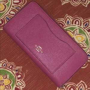 Coach Bags - Coach wallet in Rouge